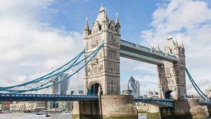 Fin de estudios a Londres